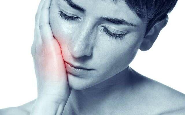 Причины и способы лечения гиперестезии. Гиперестезия эмали зубов: причины, симптомы и лечение